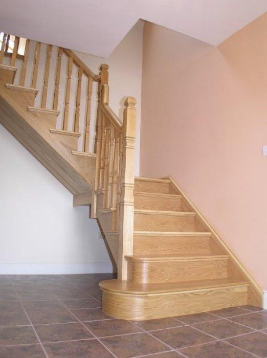White Oak Cut-Mitre Stairs