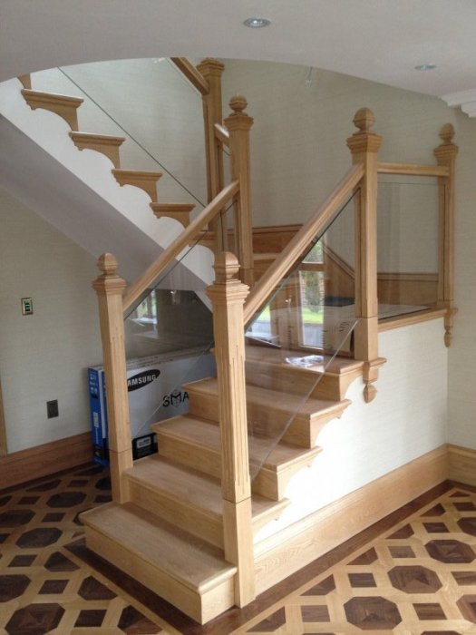 White Oak Stairs With Glass