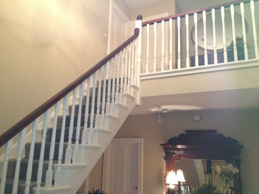 White Cut String Stairs with Mahogany Handrail